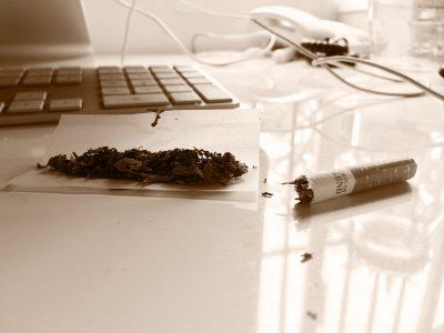 tobacco-978239_1920